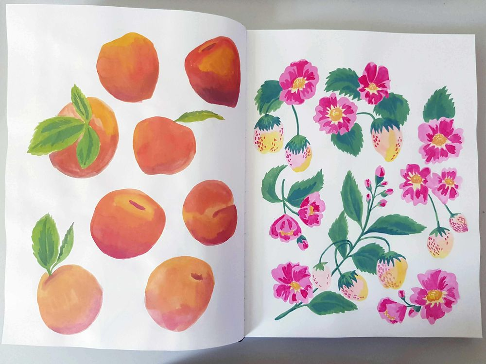 Gouache fruits patterns - image 1 - student project