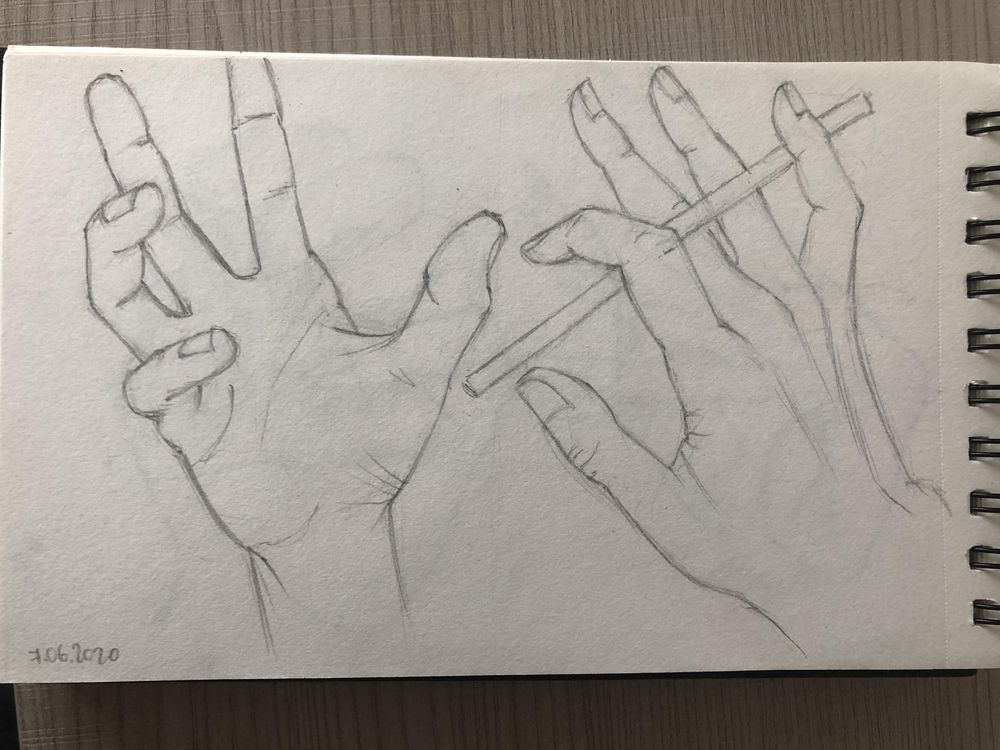 Hands sketching - image 2 - student project