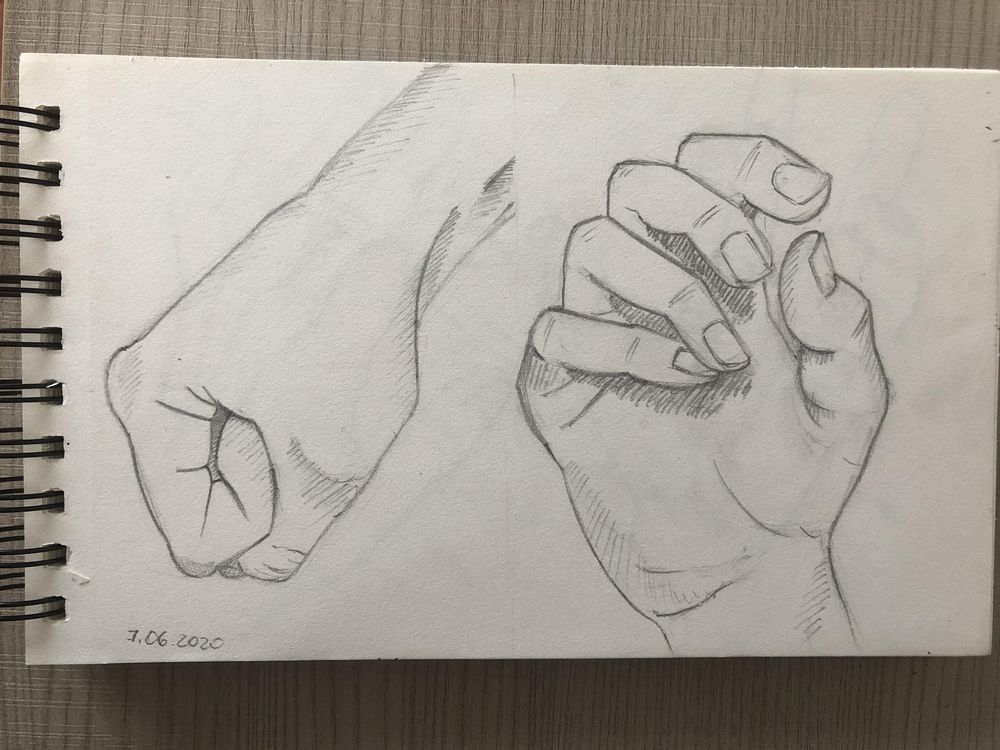 Hands sketching - image 1 - student project