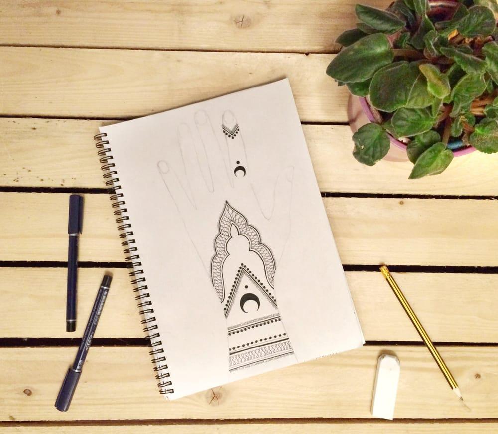 Henna design - image 1 - student project