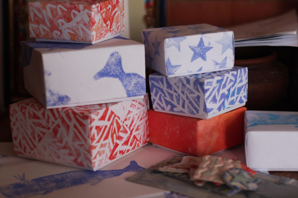 hand-made patterns and origami boxes - image 2 - student project