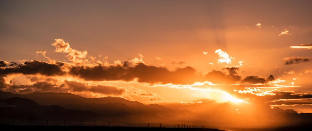 Sunrise Along the Palisados Strip, Jamaica - image 1 - student project