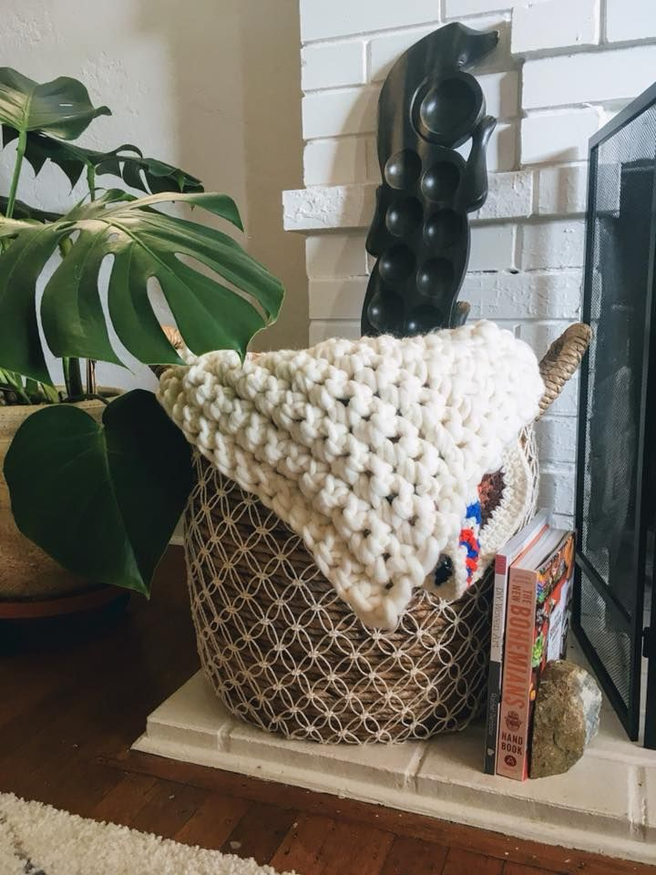 """My first hand crochet """"blanket"""" - image 1 - student project"""