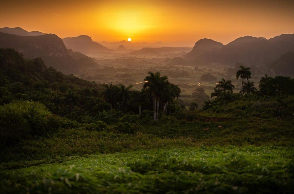 Sunrise in Cuba - image 1 - student project