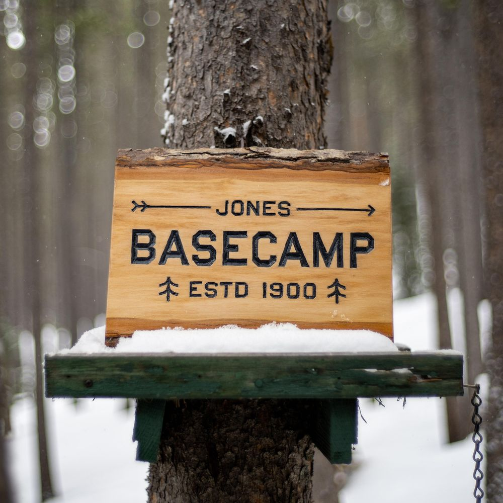 BASECAMP Sign - image 1 - student project