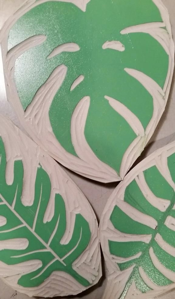 Tropical Leaves - wrapping paper!! - image 1 - student project
