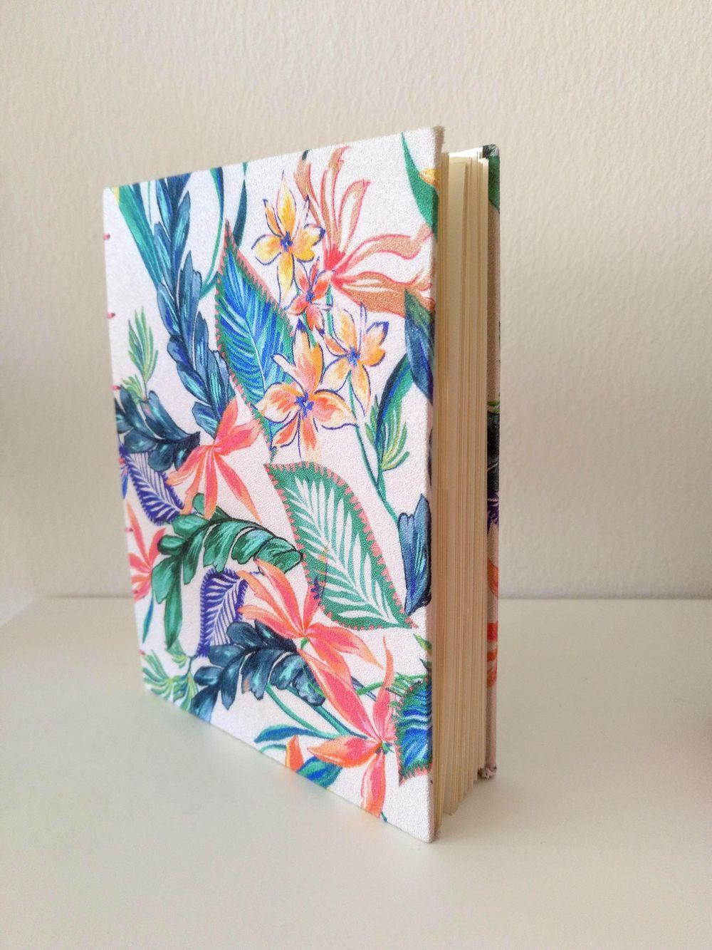 Coptic stitch sketchbook - image 2 - student project
