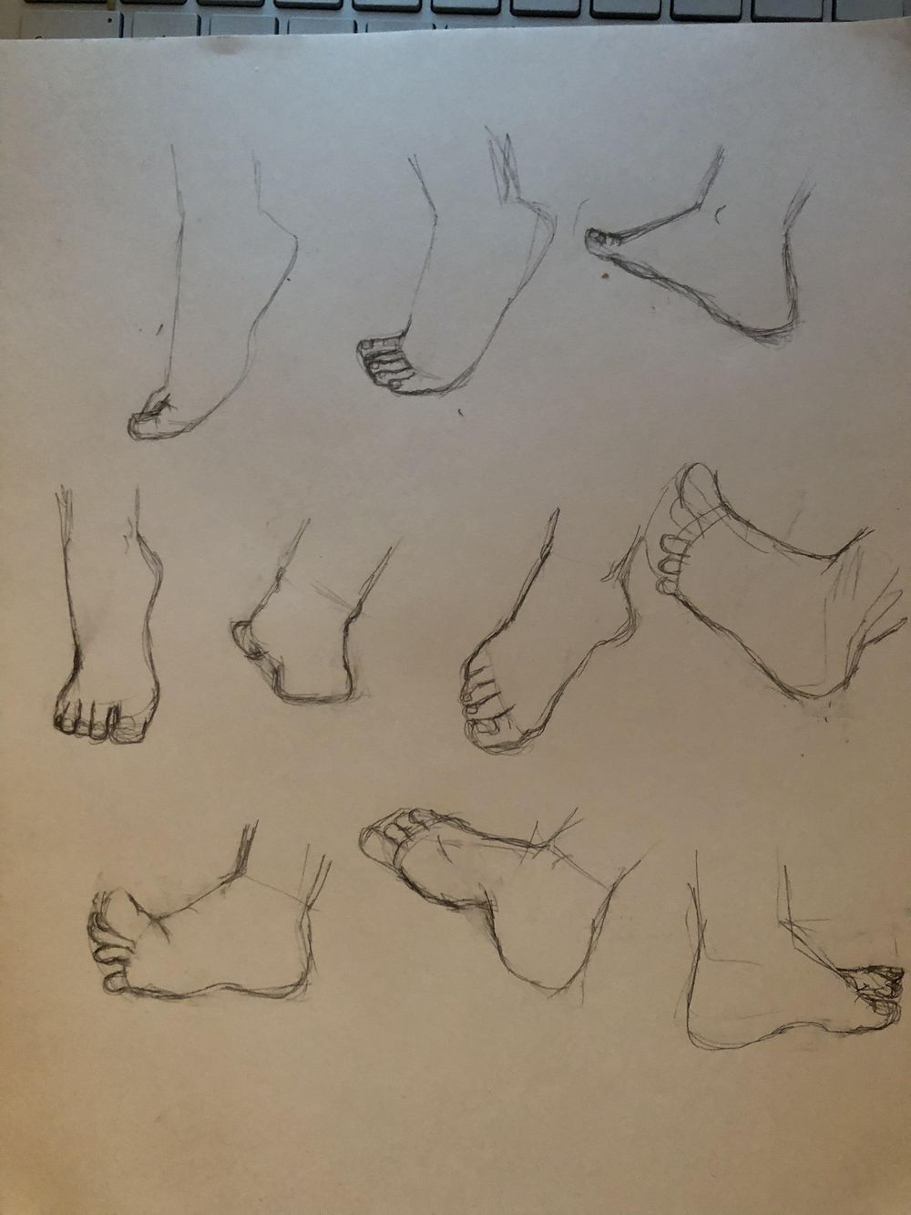 Drawing the Feet - image 1 - student project