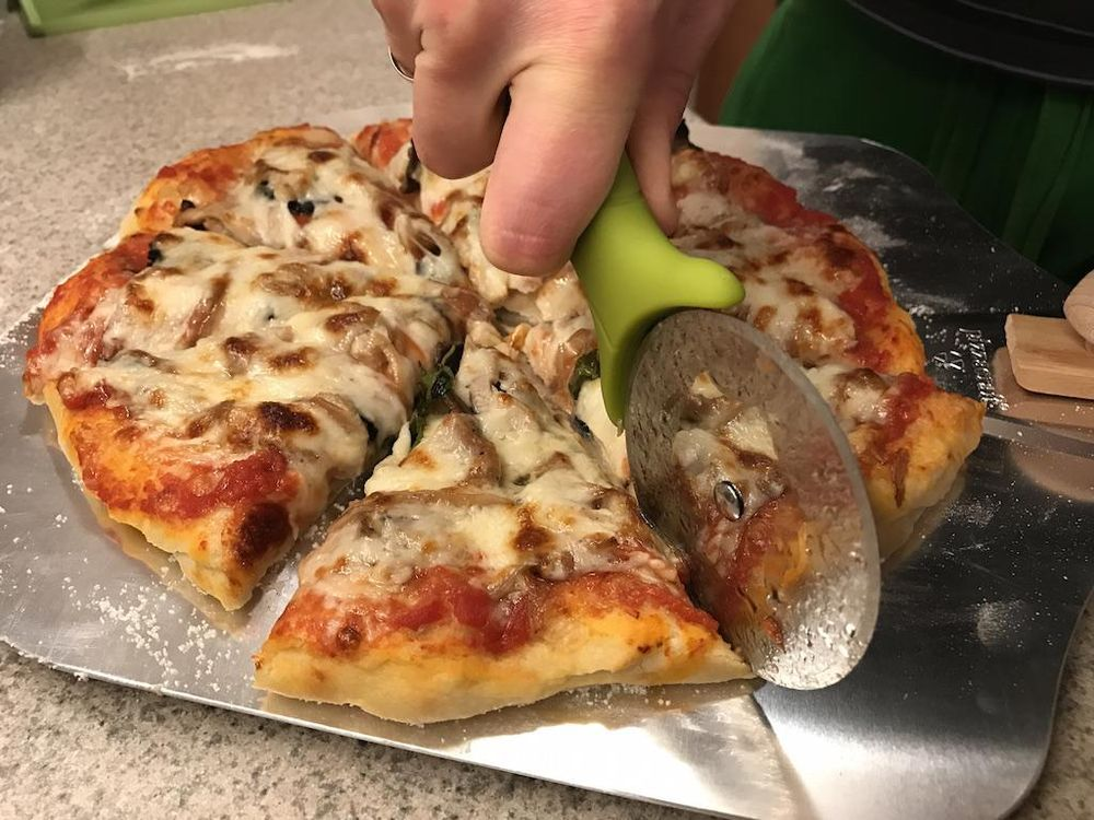 Pizza from scratch! - image 4 - student project