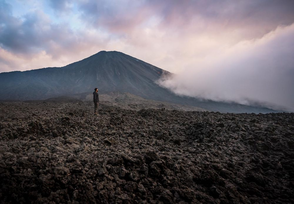 Volcano Tour - image 4 - student project