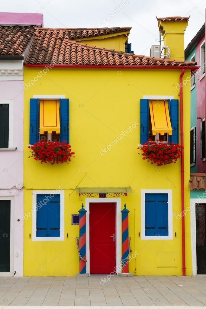 Burano house - image 1 - student project