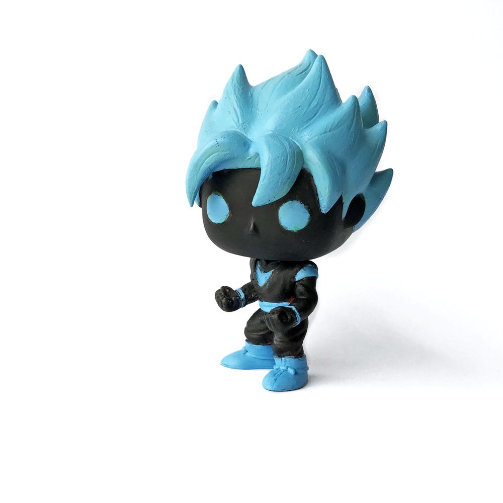 Funko Pop Product Photography - image 2 - student project