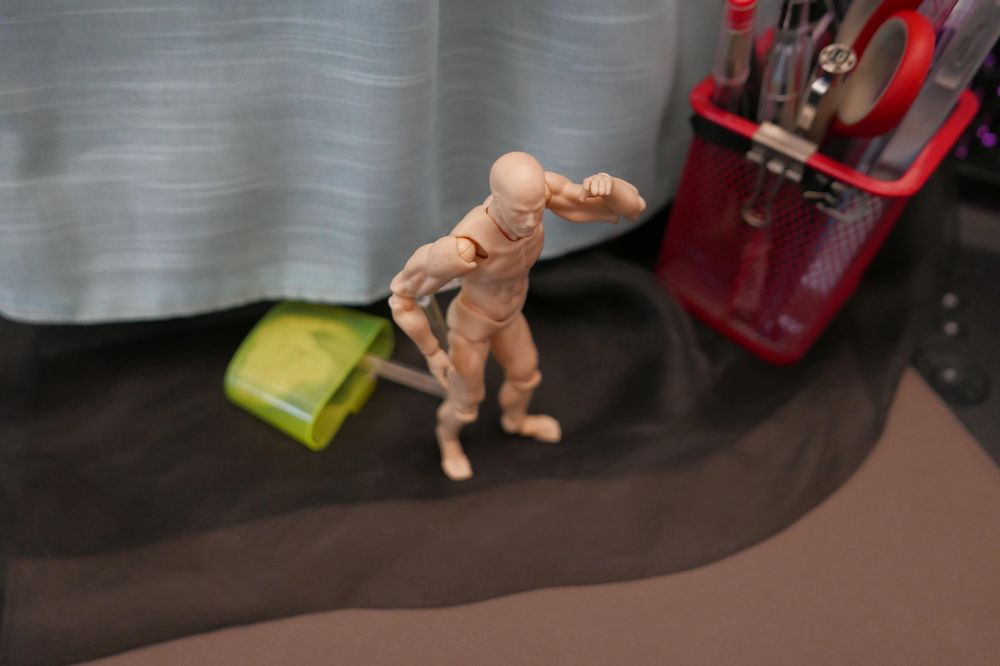 Practice Scenes With a Mannequin - image 6 - student project
