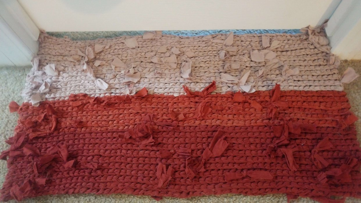 First Try - Crochet Rag Rug from Recycled Sheets - student project