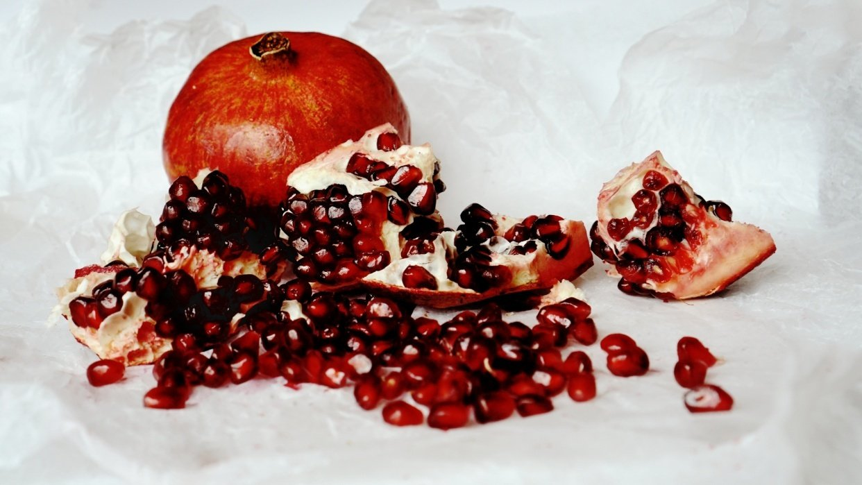 Pomegranate - Still Life - student project