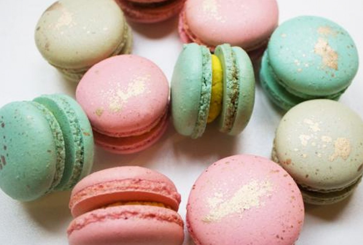 Macarons - student project