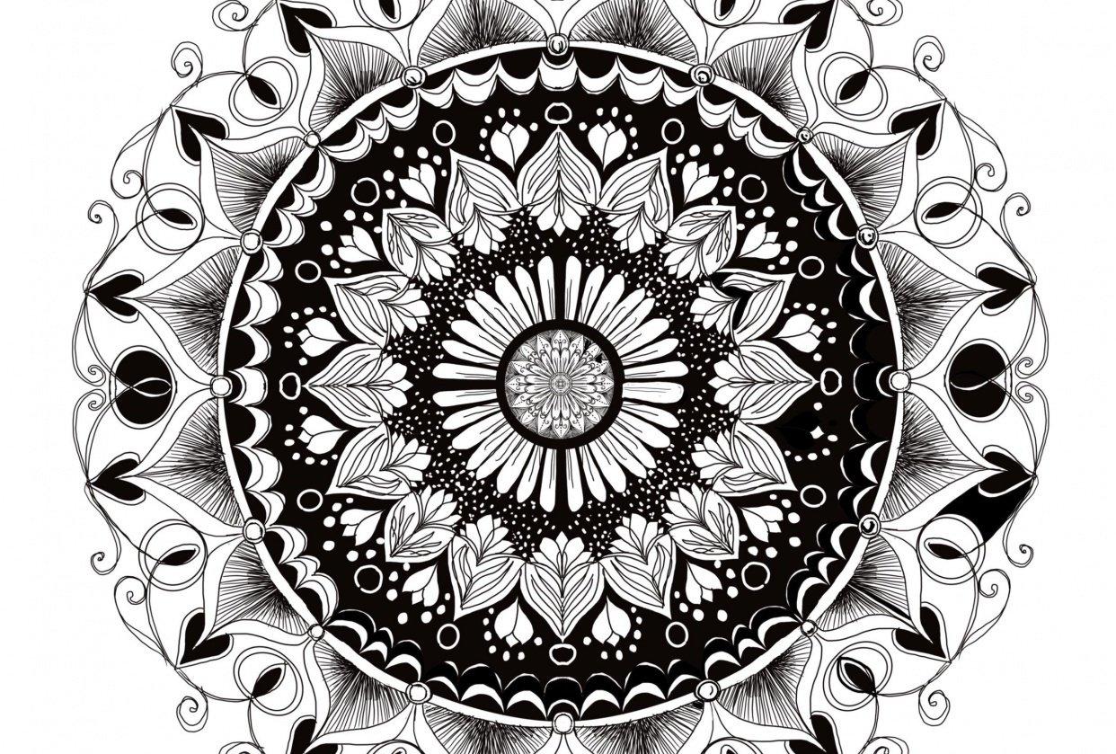 Monochromatic Mandala - student project
