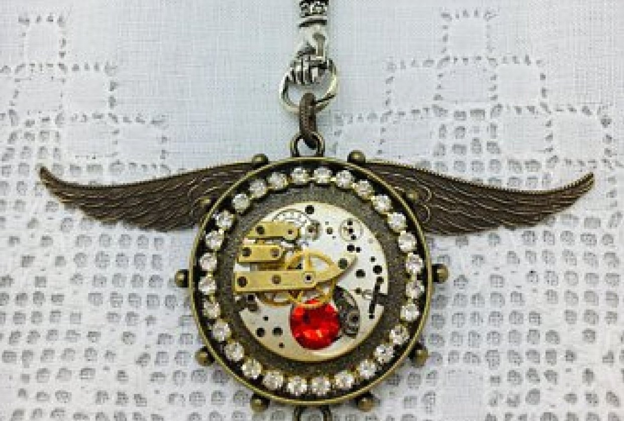 Whimsyjewelrydesign.com - student project