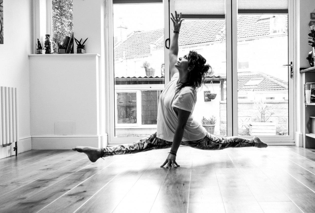 Split in levitation - student project