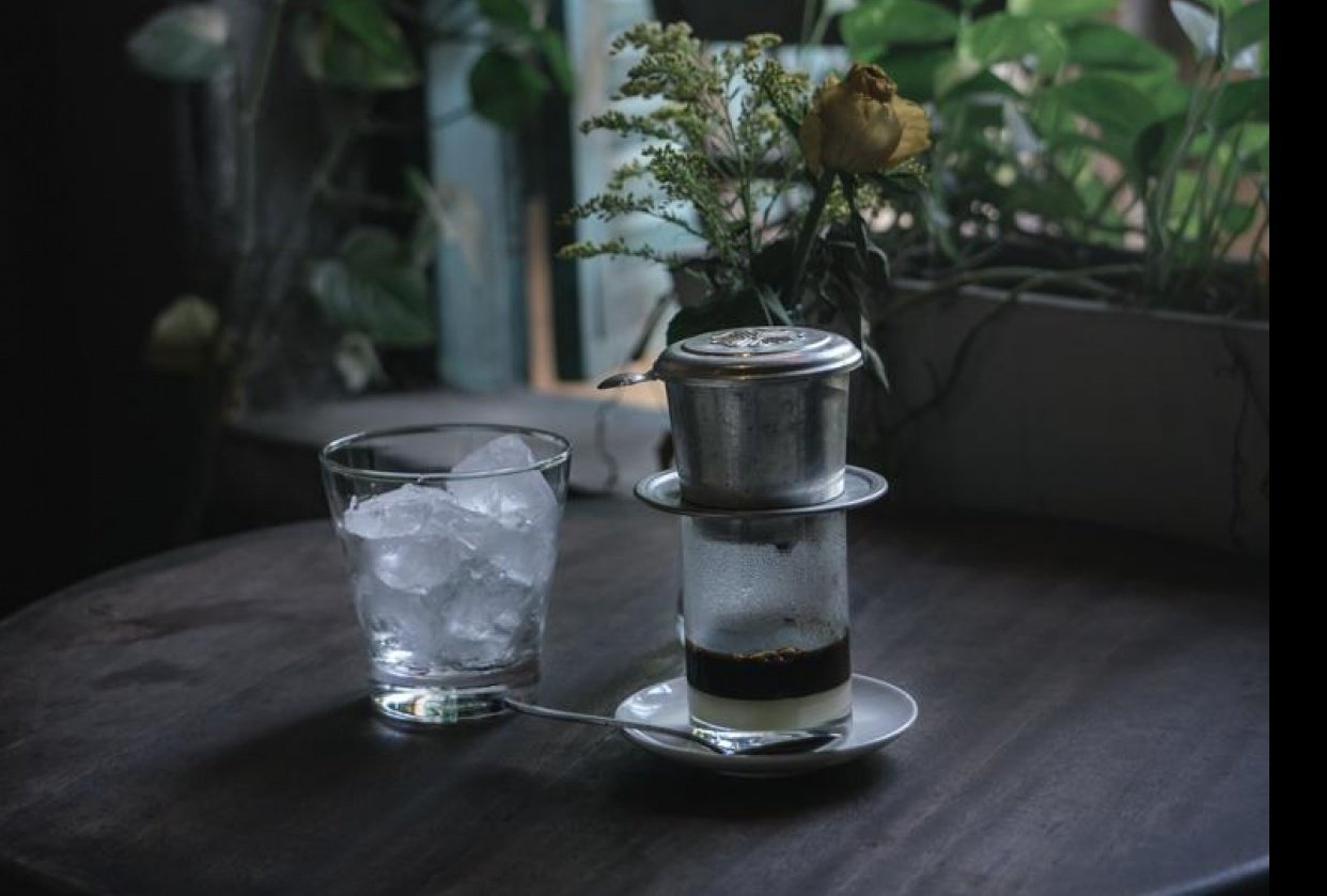 Visit to a local cafe on my vacation in Vietnam - student project