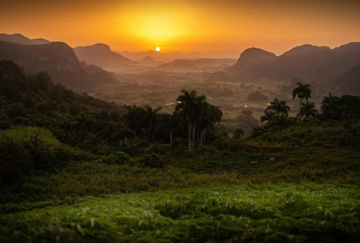 Sunrise in Cuba - student project