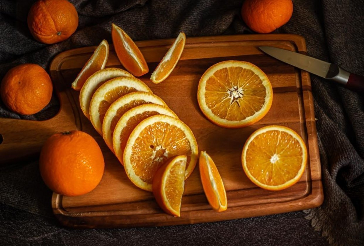 Sorry no donuts! But here, have some oranges! - student project