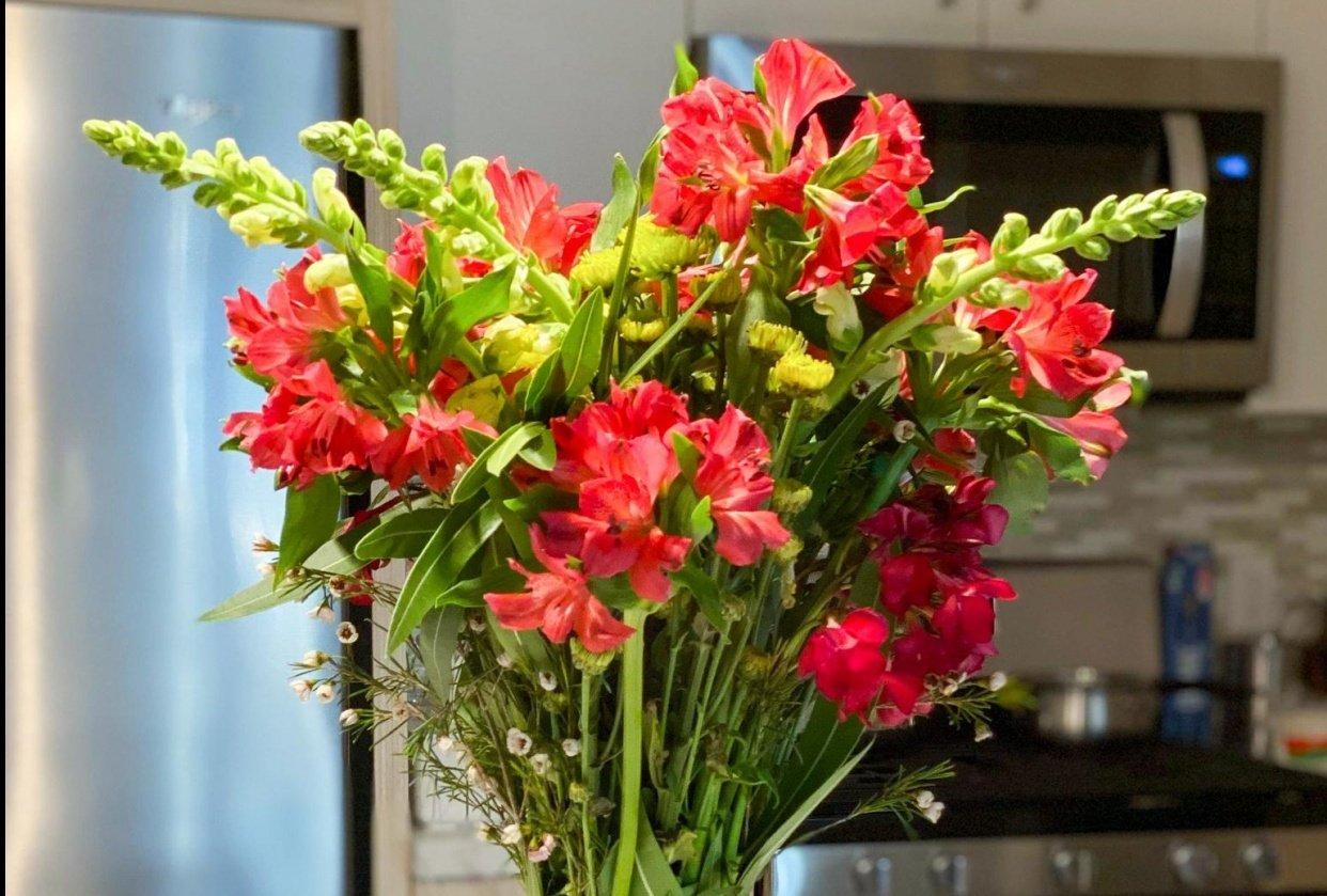 Bay Area Flower Arrangement - student project