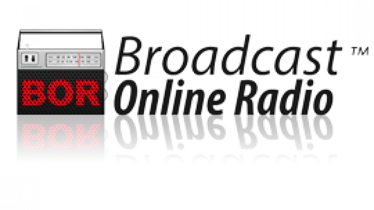 Broadcast Online Radio - student project