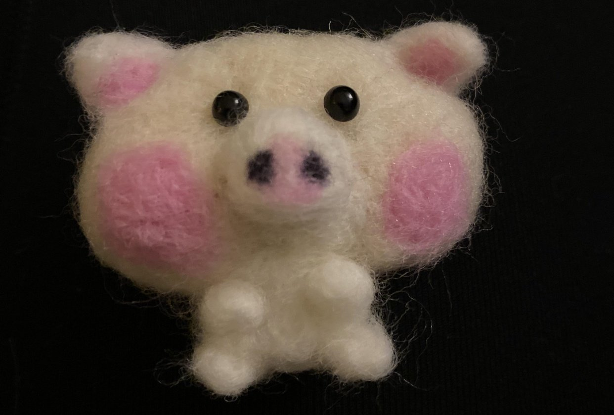 Needle felted piggy - student project