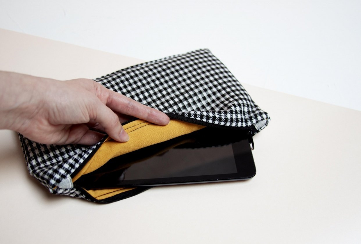 Zipper Pouch for ipad - student project
