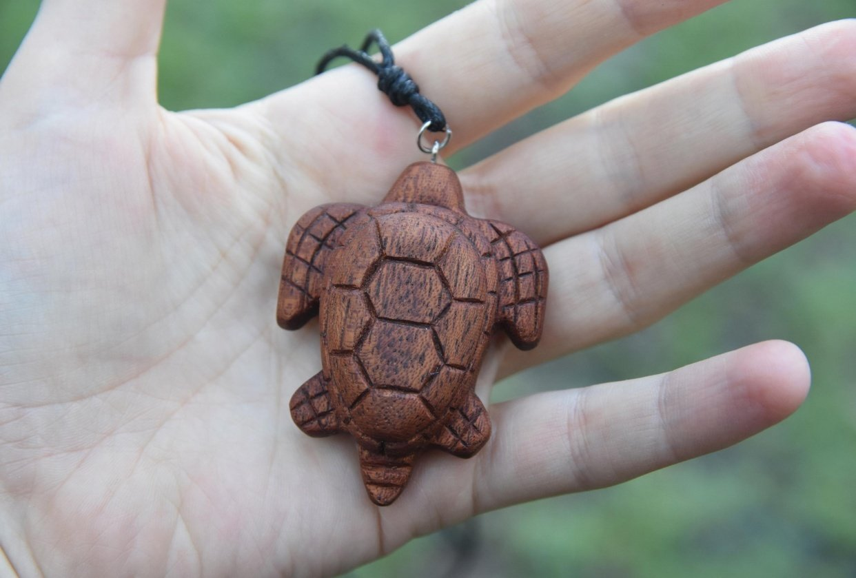 A turtle pendant - student project