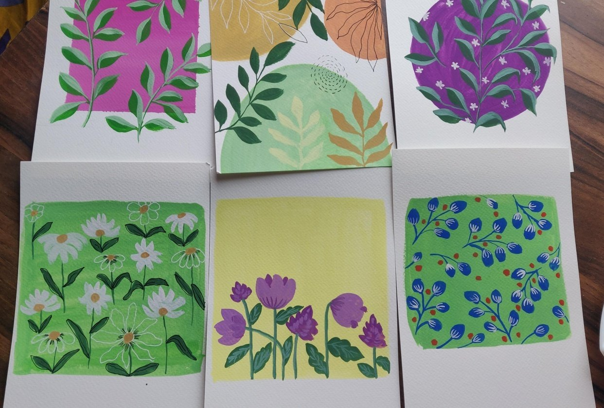 Pattern painting in gouache with Uma. - student project