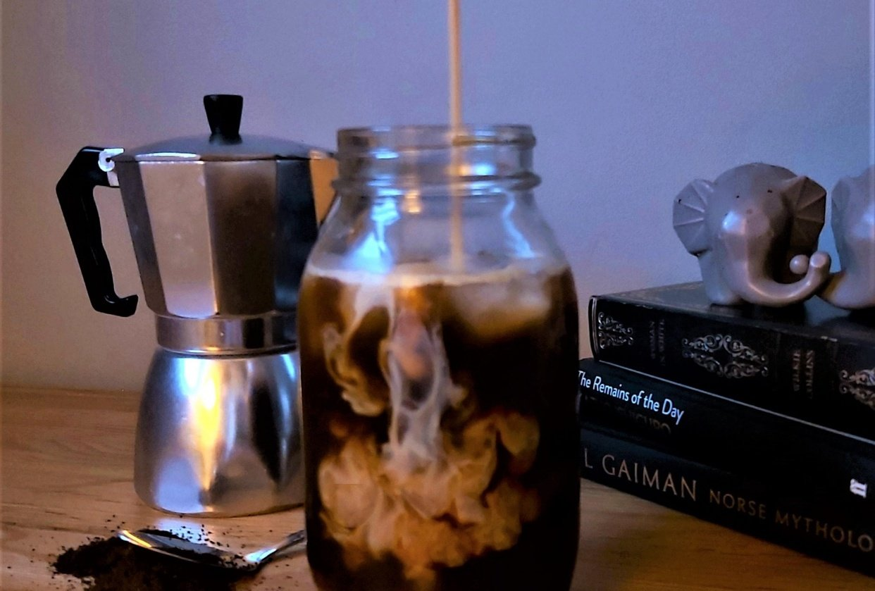 Coffee milk swirl - student project