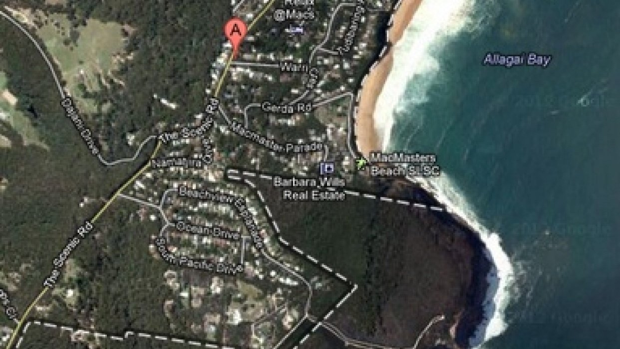 MacMasters Beach Walking Map - student project