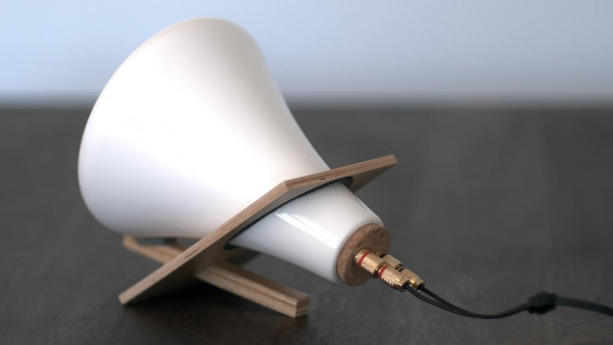 Sample Project: Ceramic Speakers - student project