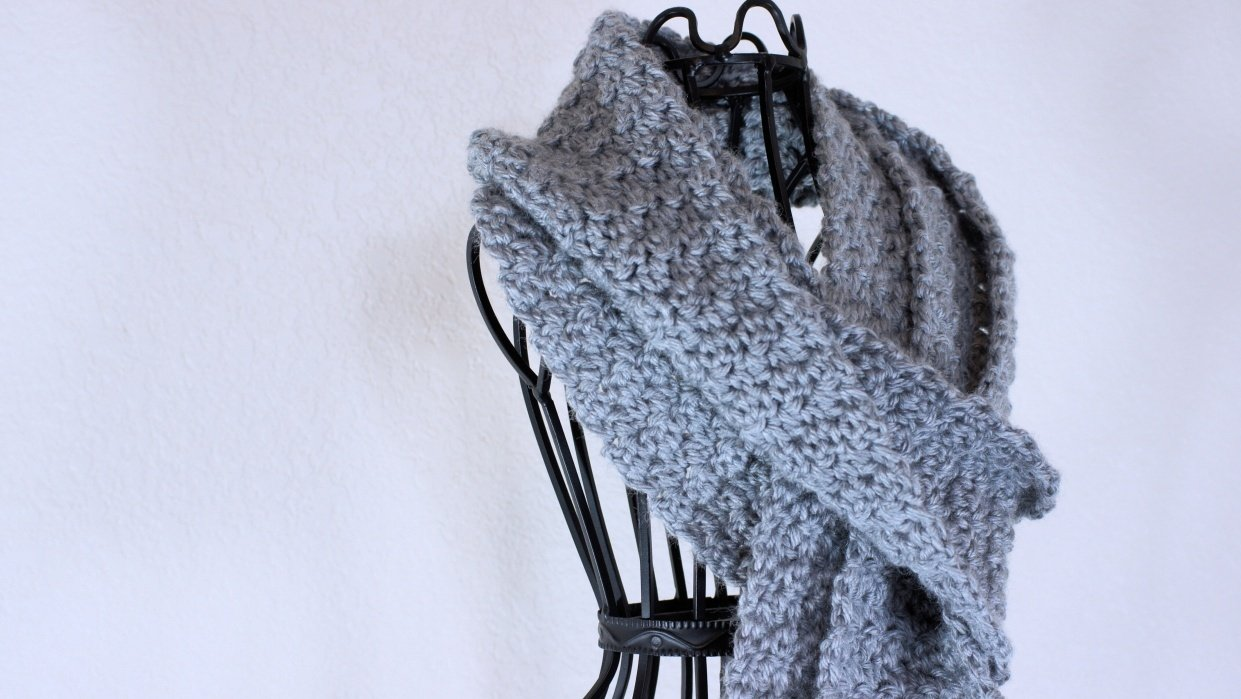 Simple Textures Scarf - student project