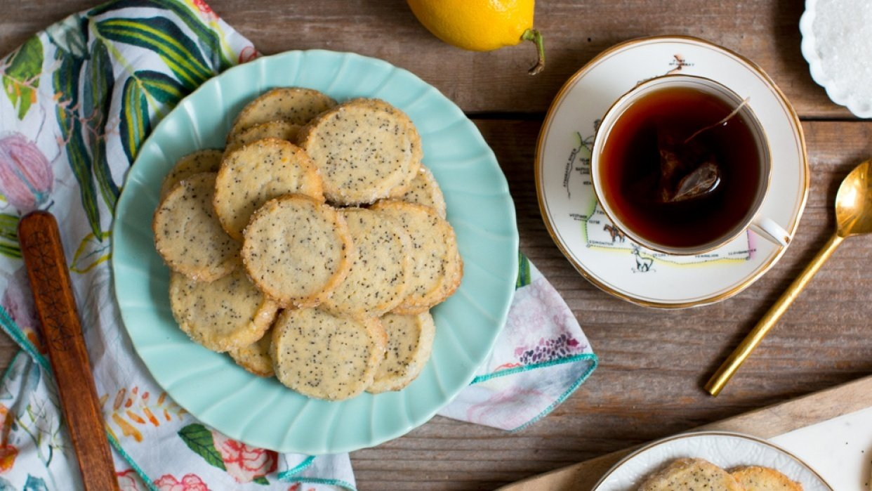 Example Project: Lemon Poppy Seed Shortbread Cookies - student project