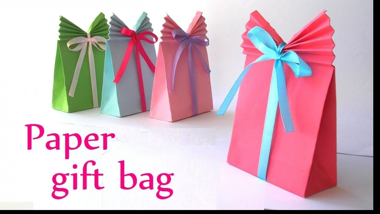 Paper Crafts – Make Gift Bags at Home - student project