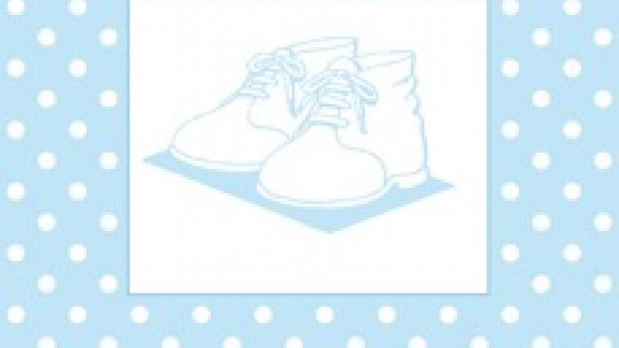 BABY SHOES WITH BLUE AND WHITE DOTS - student project