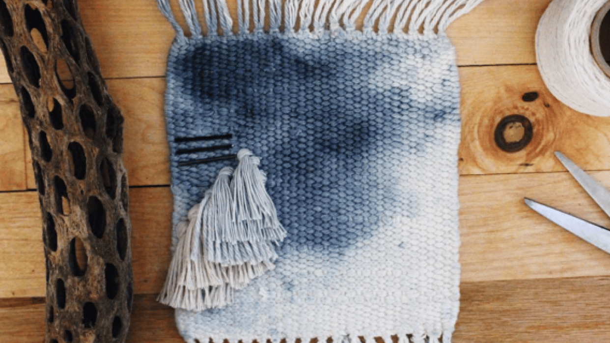 How to Make a Stylish Watercolor Dyed Tapestry Weaving - student project