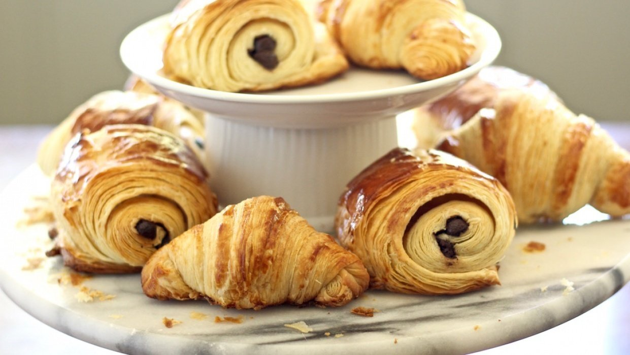 How to Make Authentic Parisienne Traditional and Chocolate Croissants - student project