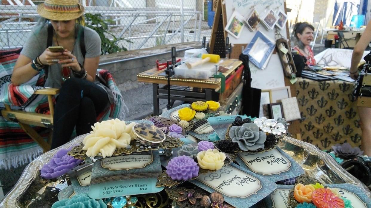 Arts & Crafts Vendors  - student project