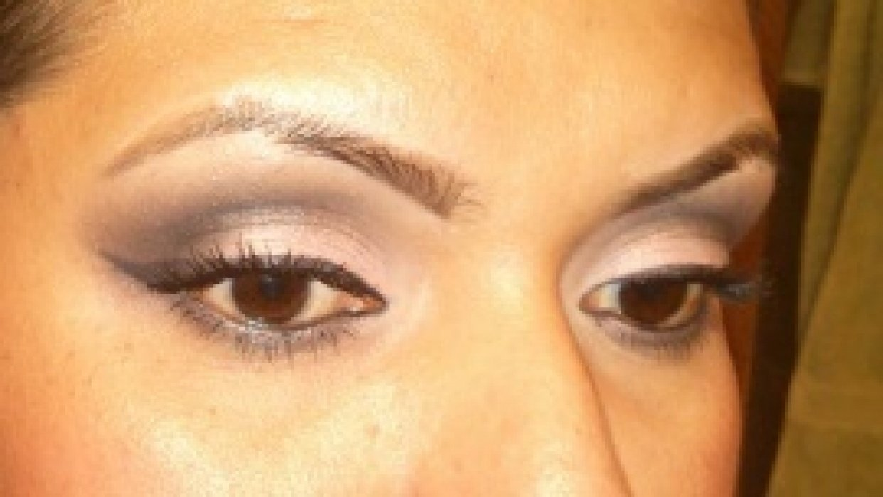 smokey eye on the subtle side - student project