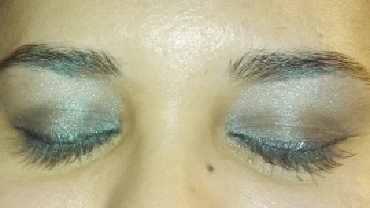sultry eye look - student project