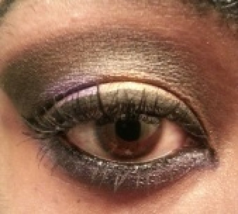 Project 2 Dark Crease with a Shimmery Lid - student project