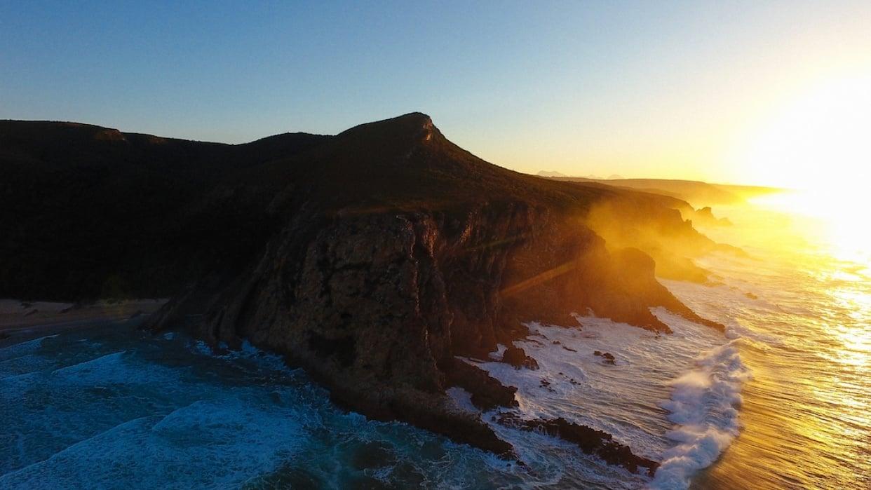 Smashing Cliffs by @fieldgram - student project
