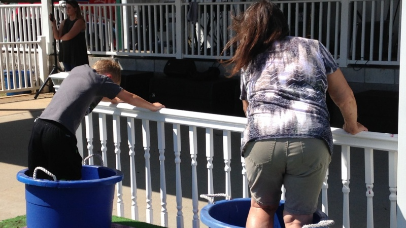 Sumner Crest Winery hosts 18th annual grape stomp