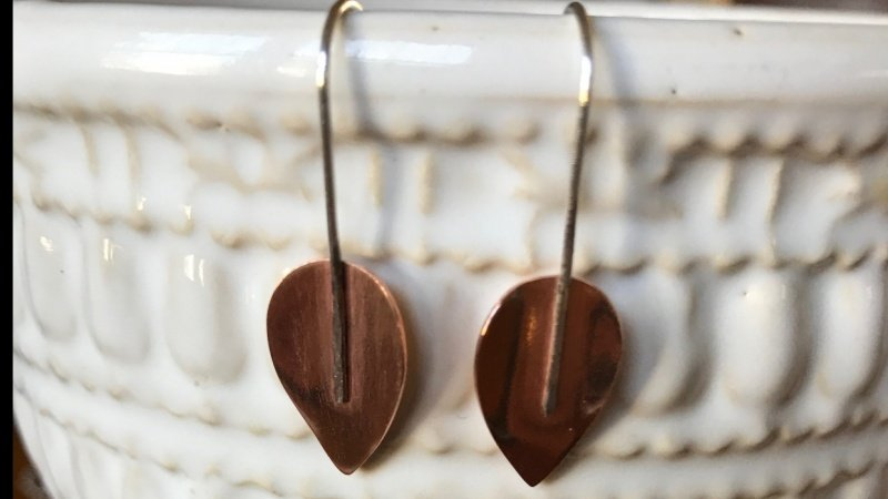Simple Leaf Drop Earrings