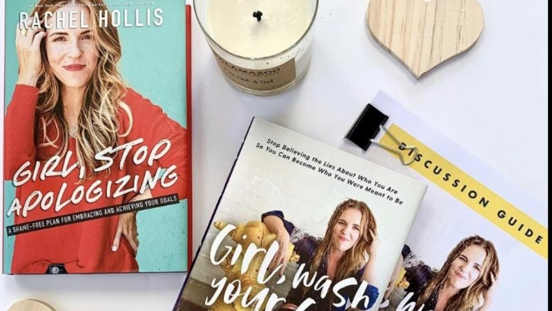 Books_She_Reads Instagram