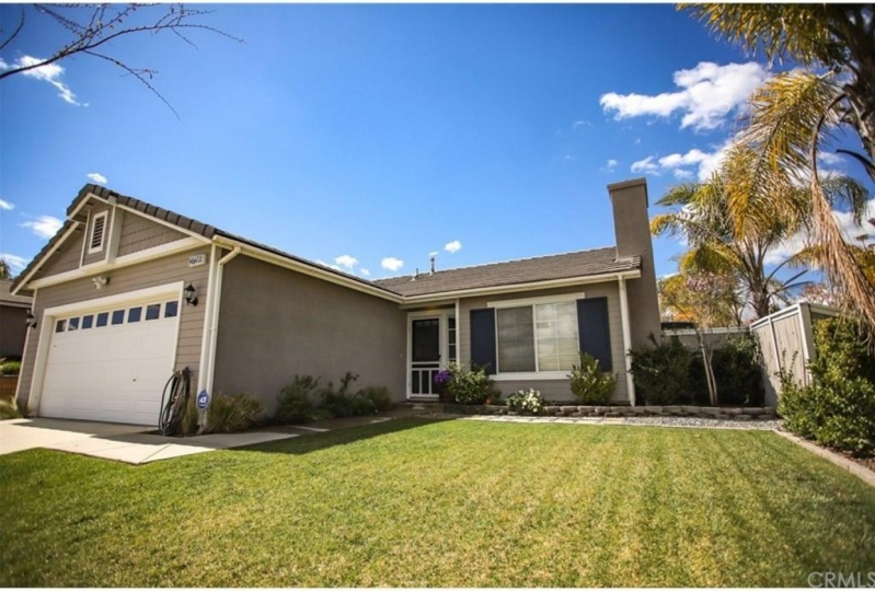 Buy a Large House in Corona